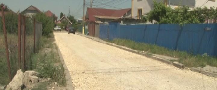 (VIDEO) Străzi din Năvodari și Depozitul 10, asfaltate