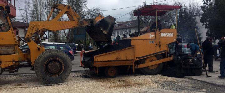 Reabilitare și asfaltare parcare str. Dobrogei (galerie foto)