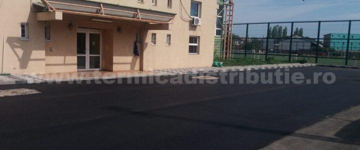Asfaltare parcare și alee teren sport str. Stadionului – 16.05.2019 (galerie foto)